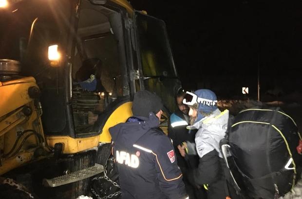 Dağda mahsur kalan paraşütçü kurtarma ekiplerine tepki gösterdi Yürüyerek dağa çıktı, mahsur kaldı