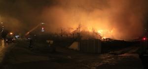 Pamuk yağı fabrikasındaki yangın 3'üncü gününde etkisini azalttı