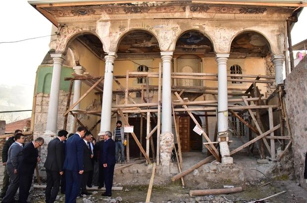 """Soma'da vakıf eserleri restore ediliyor AK Parti Manisa Milletvekili Mehmet Ali Özkan: """"Ecdat yadigarı vakıf eserlerimize sahip çıkıyoruz"""""""