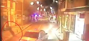 Sollama yaparken çarptığı yaya hayatını kaybetti Kaza anı otomobilin solladığı otobüsün kamerasına yansıdı