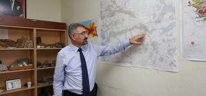 """PAÜ'lü deprem araştırmacısı Kaya'dan Denizli ile ilgili korkutan tahmin: """"Denizli'deki deprem riski Türkiye'deki 1. derece deprem bölgesindeki bir çok şehirden daha fazla"""" """"5 ayrı fay zonunun kavşağında yer alan kent için deprem riski fazla"""""""