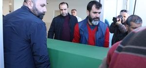 """Dövülerek öldürülen sosyal medya fenomeninin cenazesi morgdan alındı 15 günlük yaşam savaşını kaybeden 'Ares' takma adlı sosyal medya fenomeni Ares Özdemir'in cenazesi, memleketi Diyarbakır'da defnedilmek üzere morgdan alındı Şeyhmus Özdemir'in babası Yaşar Özdemir: """"Ares ölmedi, kalbimizde yaşıyor"""""""