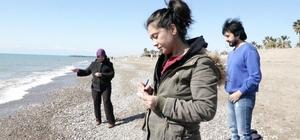 Cemre havaya düşünce hem balık, hem de dilek tuttular Antalya'nın Serik ilçesinde yılık ilk cemresi havaya düştü