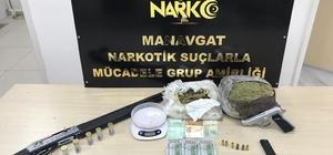 Antalya'da uyuşturucu operasyonu Manavgat'ta 2 kilo 100 gram esrar ele geçirildi
