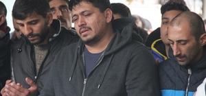 İzmir'de öldürülen genç gözyaşlarıyla defnedildi
