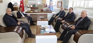 Başkan Güder, deprem sonrasında okullardaki çalışmaları inceledi