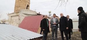 Vakıflar Genel Müdürü Ersoy, zarar gören eserleri inceledi Şahabe-i Kübra Medresesi yeniden ayağa kaldırılıyor
