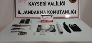 Kayseri'ye uyuşturucu sokmak isteyenleri jandarma engelledi