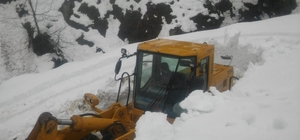 Sason'un en ücra köyünün yolu 30 saatlik çalışmayla ulaşıma açıldı
