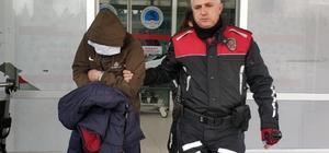 Polisten kaçan araçta uyuşturucu özellikli ilaç ele geçirildi