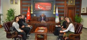 KAEÜ'si, öğrenci konseyi başkanı Rektör Vatan Karakaya'ya öğrencinin sorun ve talepleri anlattı