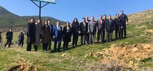 Hakim ve savcılar hükümlülerle birlikte fidan dikti Alaşehir Denetimli Serbestlik Müdürlüğünden ağaçlandırmaya katkı