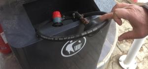 Petrol istasyonunda mutfak tüpüne LPG doldurma aparatı ele geçirildi