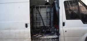 Minibüsü mobil kaçak akaryakıt istasyonu yapmışlar