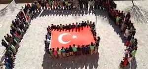 Öğrenciler Mehmetçik için tek yürek oldu Öğrencilerden 'Bahar Kalkanı Harekatı'na destek Şehitlerin isimleri tek tek okunarak 'burada' denildi