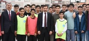 Başkan Kılca'dan okullara halı saha müjdesi