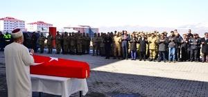 Kalp krizi geçirerek hayatını kaybeden asker için tören düzenlendi