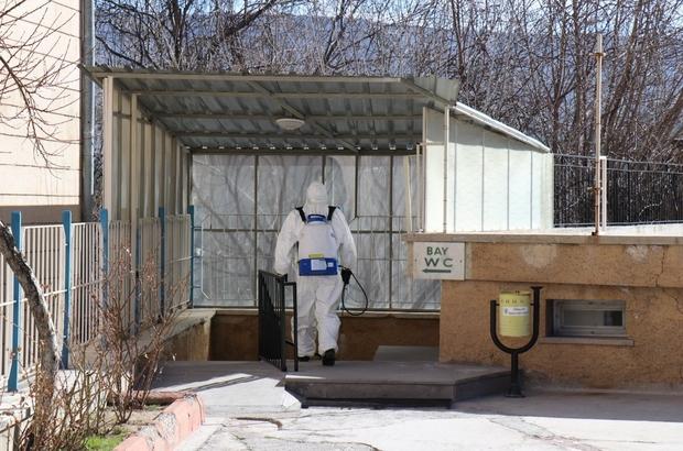 """Ürgüp Belediyesinden Korona virüsüne karşı """"ilaçlama"""" tedbiri"""