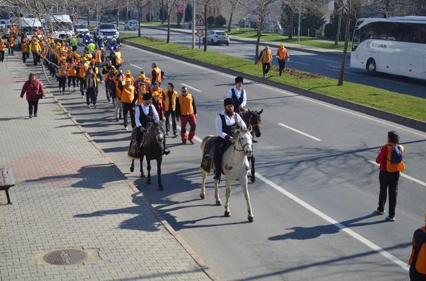 57'nci Alay'dan atlı yürüyüş 57 Alay'ın yürüyüşüne atlar damga vurdu Yürüyüşteki atlar renkli görüntülere sahne oldu