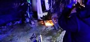 Kırşehir'de yolcu otobüsü yan yattı: 13 yaralı