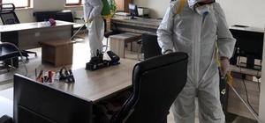 Yerköy Belediyesi kamu kurumlarını dezenfekte etti