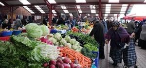 Ayancık'ta kapalı pazar yeri kapatıldı