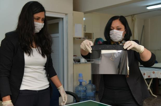 Doktorların yüz siperliği Çiğli Belediyesinden