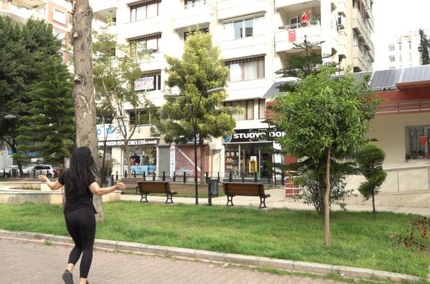 """Eğitmenler sokakta, halk evinde sporda Seyhan Belediyesi, """"Sokak Sporu""""nu evlere taşıyor"""