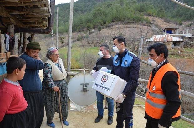 Adana'da ihtiyacı olan 5 bin 50 haneye ulaşıldı, ihtiyaçları karşılandı Vali Demirtaş, Vefa Sosyal Destek Grubu'nun çalışmalarını değerlendirdi