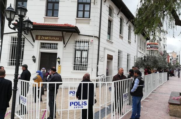 Aydın'da sosyal mesafeye bariyerli önlem