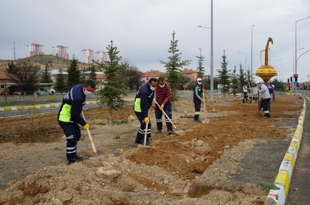 Nevşehir'de kavşak ve refüjlerde bahar hazırlığı yapılıyor