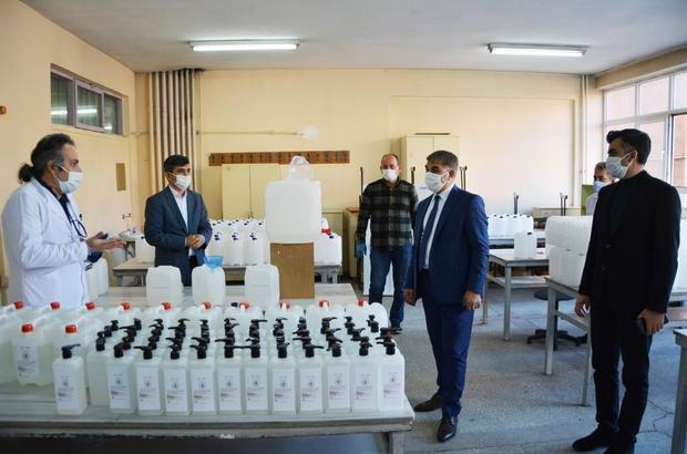 Karabük'te maske ve dezenfektan üretimi sürüyor