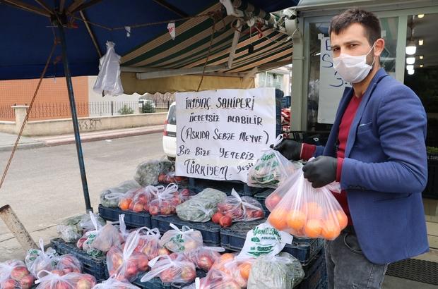 """Askıda meyve sebze kampanyası ilgi gördü Sivas'ta faaliyet gösteren bir manav ihtiyaç sahipleri için, """"askıda meyve, sebze"""" kampanyası başlattı"""