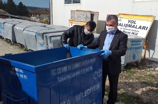 Havza Belediyesi'ne 100 çöp konteyneri