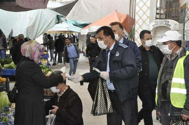 Gürün belediyesi maske dağıttı