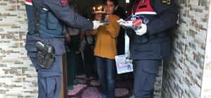 Minik Yağız Efe'nin doğum günü pastası jandarmadan