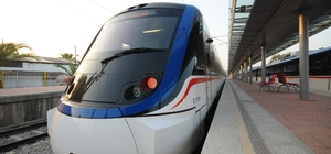 İzmir'de sokağa çıkma kısıtlamasında toplu ulaşım programı