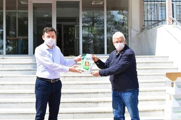 Yüzde yüz hibeli 'kavun tohumları' çiftçiye ek gelir olacak Alternatif ürünler üreticilerin eliyle değerleniyor Uşak'ta 78 çitçiye 167 kilogram kavun tohumu hibe edildi
