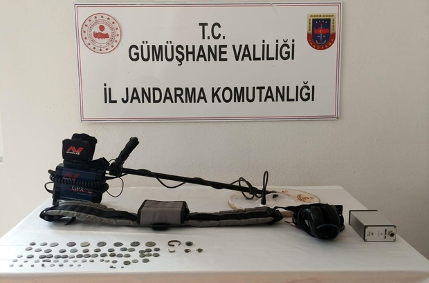 Gümüşhane'de Jandarma ekipleri 70 adet sikke ele geçirdi