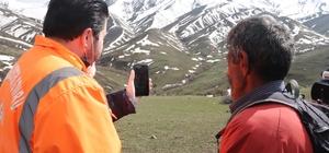 Başkan Sayan, oğlu PKK'lılar tarafından kaçırılan babayı Bakan Soylu ile görüştürdü