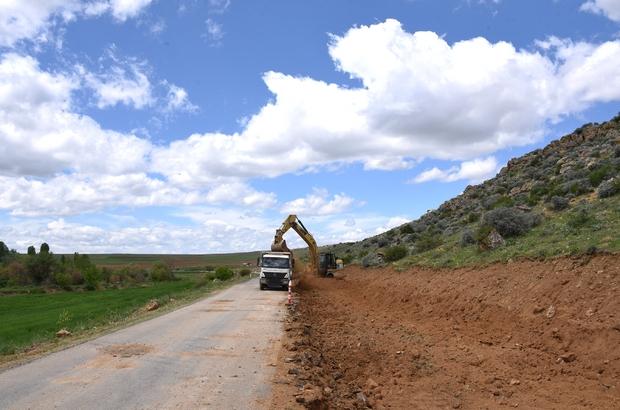 Konya Büyükşehir mahalle yollarında hummalı çalışmalarını sürdürüyor