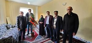 Ak Parti'den Şehit ailesine anlamlı ziyaret