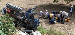 Freni tutmayan traktör şarampole uçtu