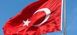 Türk Bayrağını indiren zanlı yakalandı