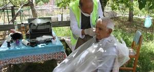 Konya'da 65 yaş üstü vatandaşlara bayram tıraşı hizmeti