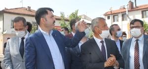 """Bakan Kurum, Çankırı'da yapımı devam projeleri inceledi Çevre ve Şehircilik Bakanı Kurum: """"500 yıllık geçmişe dayanan Çerkeş'e ilişkin önemli projelerimiz var"""" """"Çerkeş'i Ankara'nın bir mesire alanı, bir kültür, turizm alanı haline getirecek adımları atmaya devam edeceğiz"""""""