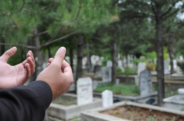 Kabir ziyaretleri şerife gününden başladı mezar ziyaretleri korona yüzünden  erken başladı - Eskişehir Haberleri
