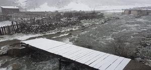 İkizdere ilçesi yüksek kesimlerinde Mayıs ayında kar yağışı