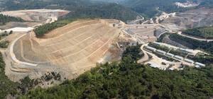 Girme Barajı milli ekonomiye 33 milyonluk ek değer katacak DSİ tarafından Yatağan ilçesinde inşaatı devam eden Girme Barajı'nda yüzde 57'lik fiziki gerçekleşme sağlanırken, barajın tamamlanması sonrası milli ekonomiye 32 milyon 265 bin TL ek gelir sağlayacak