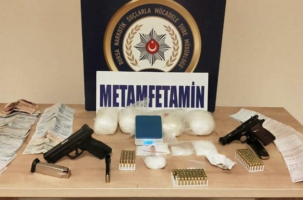 Villaya uyuşturucu baskını: 4 gözaltı